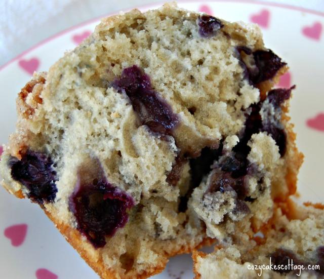 blueberry cream muffin split