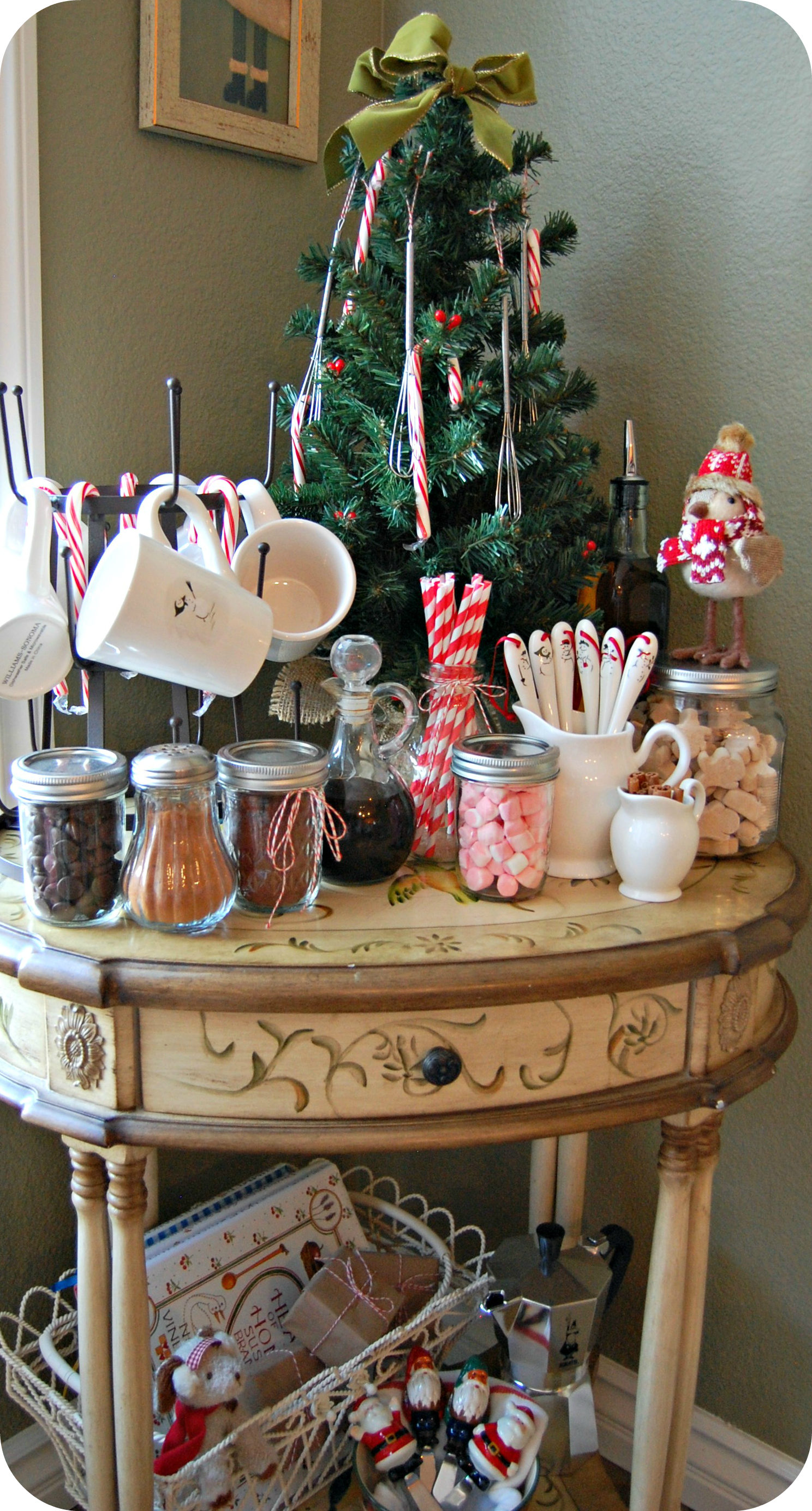 Cozycakes Cottage: Hot Cocoa Bar