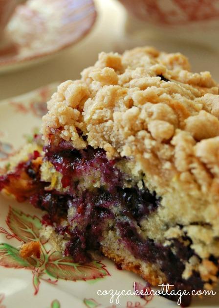 Blueberry Burst Crumb Cake (close): Cozycakes Cottage