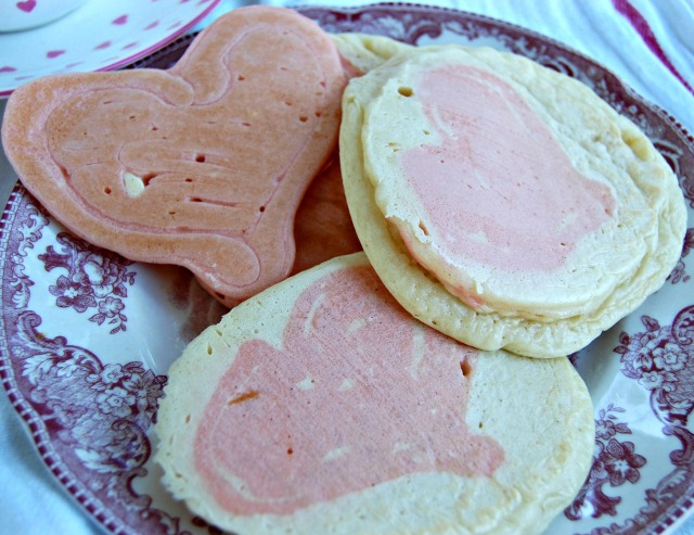 heart pancakes 1