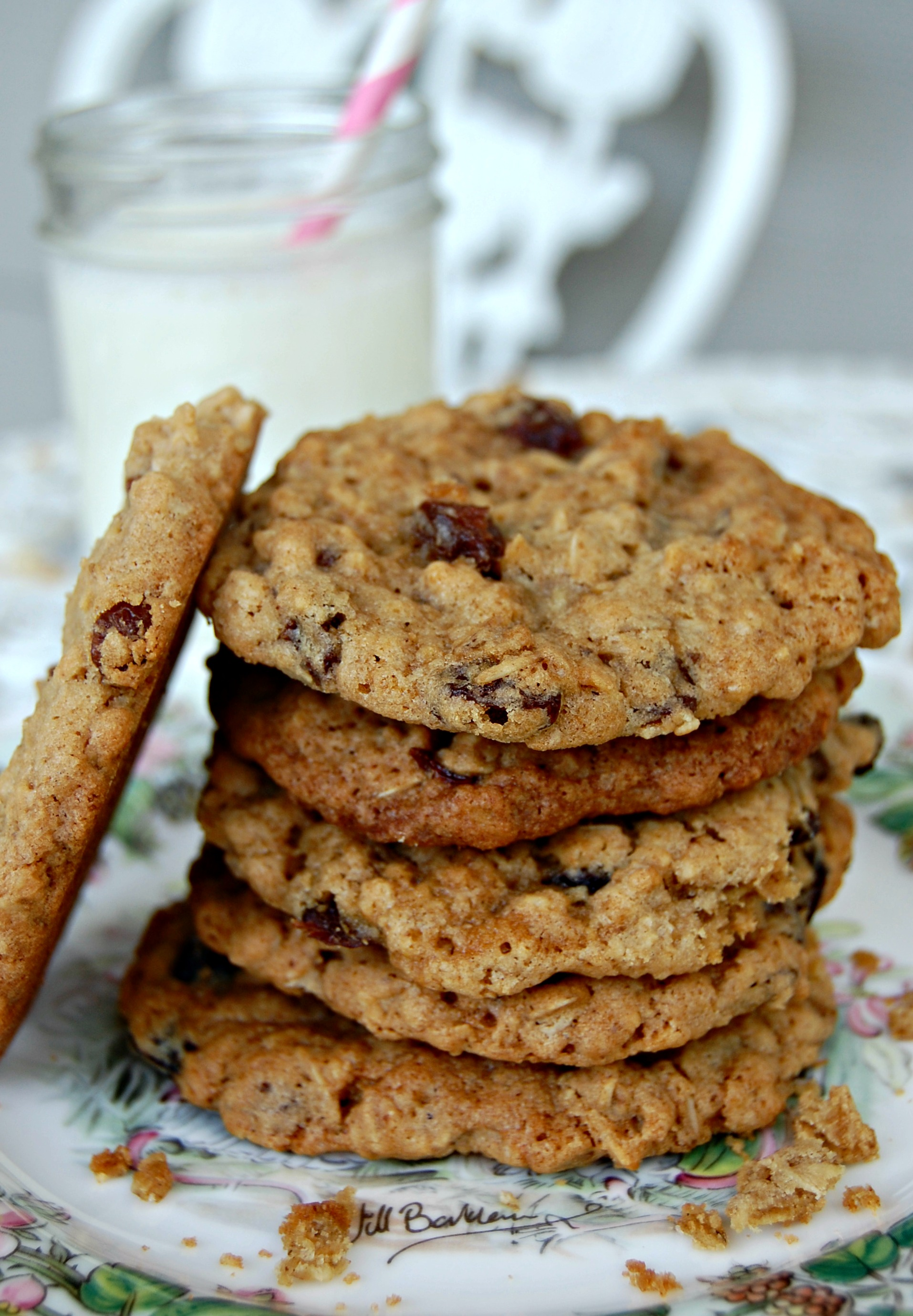 Goal Break Chewy Oatmeal Raisin Cookies | Cozycakes Cottage
