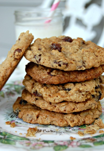 Goal Break Chewy Oatmeal Raisin Cookies (4): Cozycakes Cottage