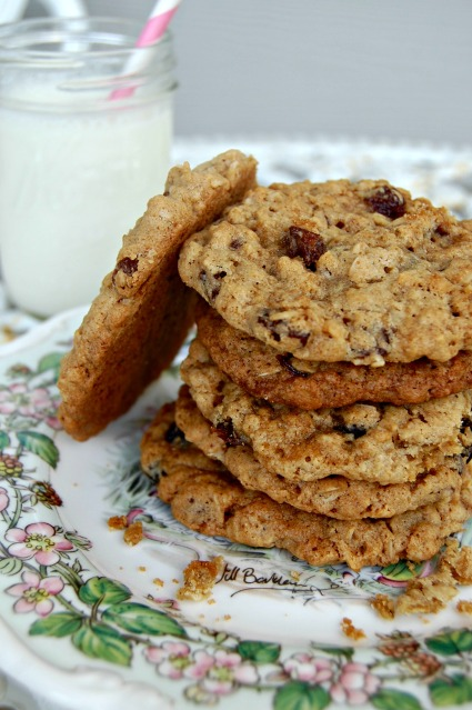 Goal Break Chewy Oatmeal Raisin Cookies (2): Cozycakes Cottage