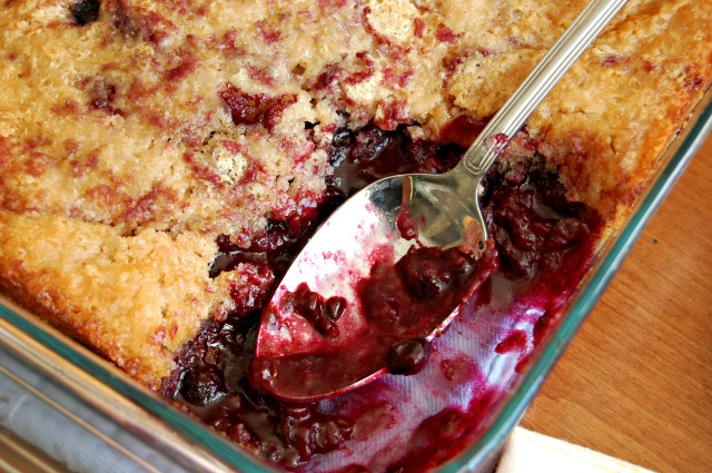 Berry Cobbler: Cozycakes Cottage