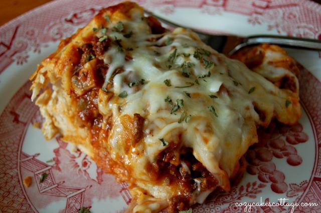 Easy Pizza Pie: Cozycakes Cottage