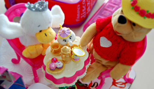winnie and duck tea party